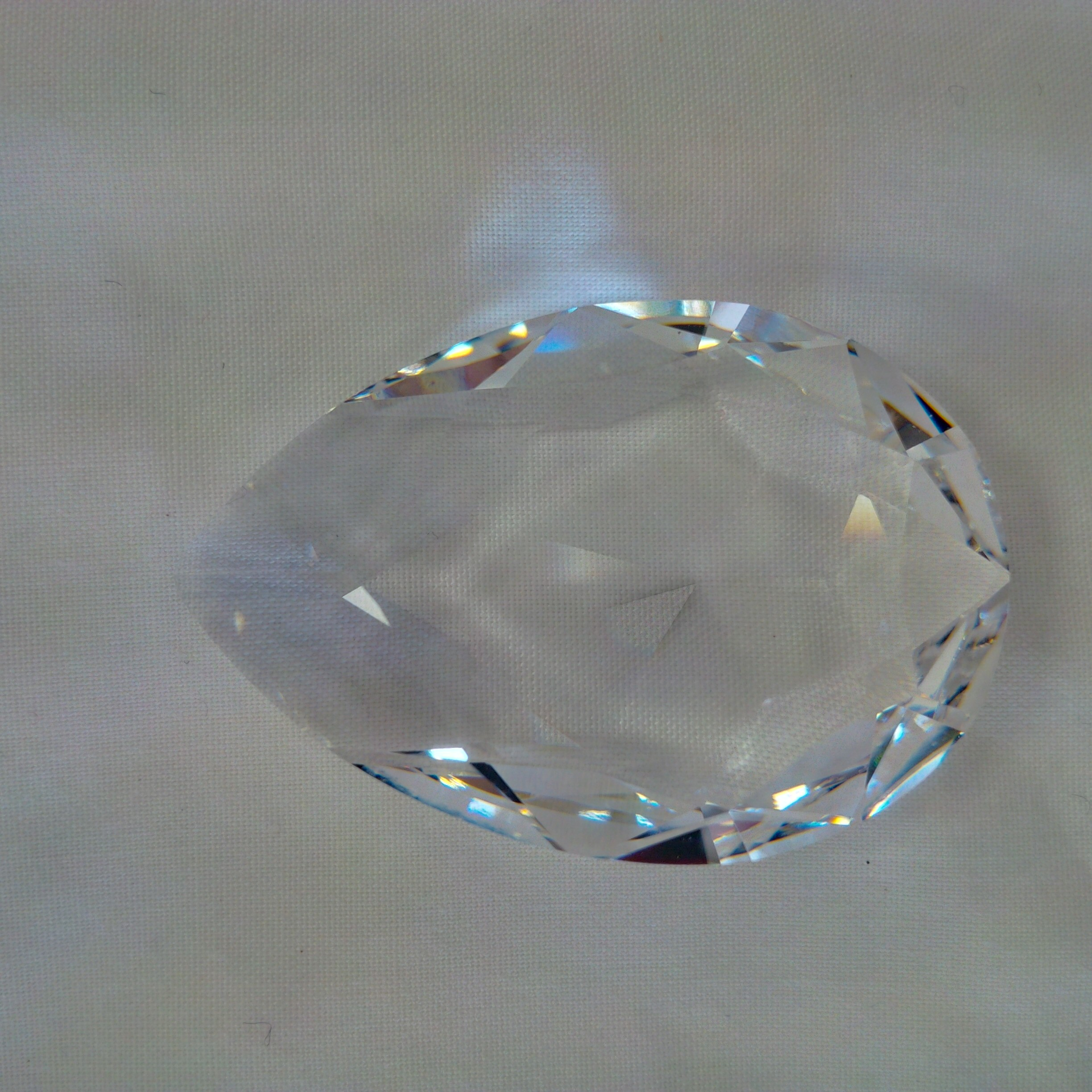 Swarovski 4327 40x27mm pear shape Crystal Clear